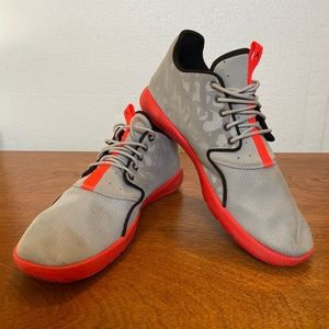 Nike Air Jordan's tennis shoe 8